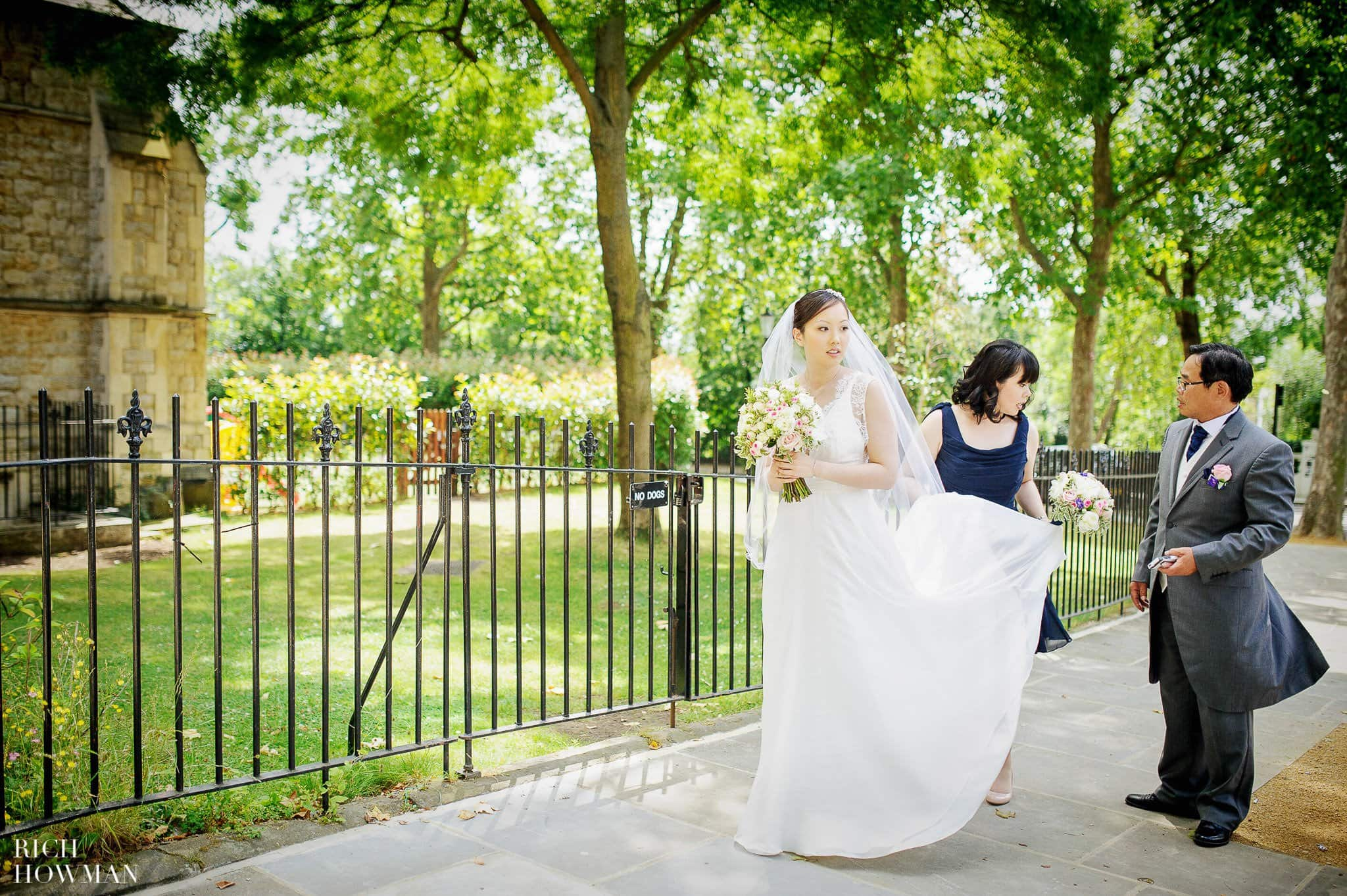 Notting Hill Wedding | Wedding Photographer London - Rich Howman 10