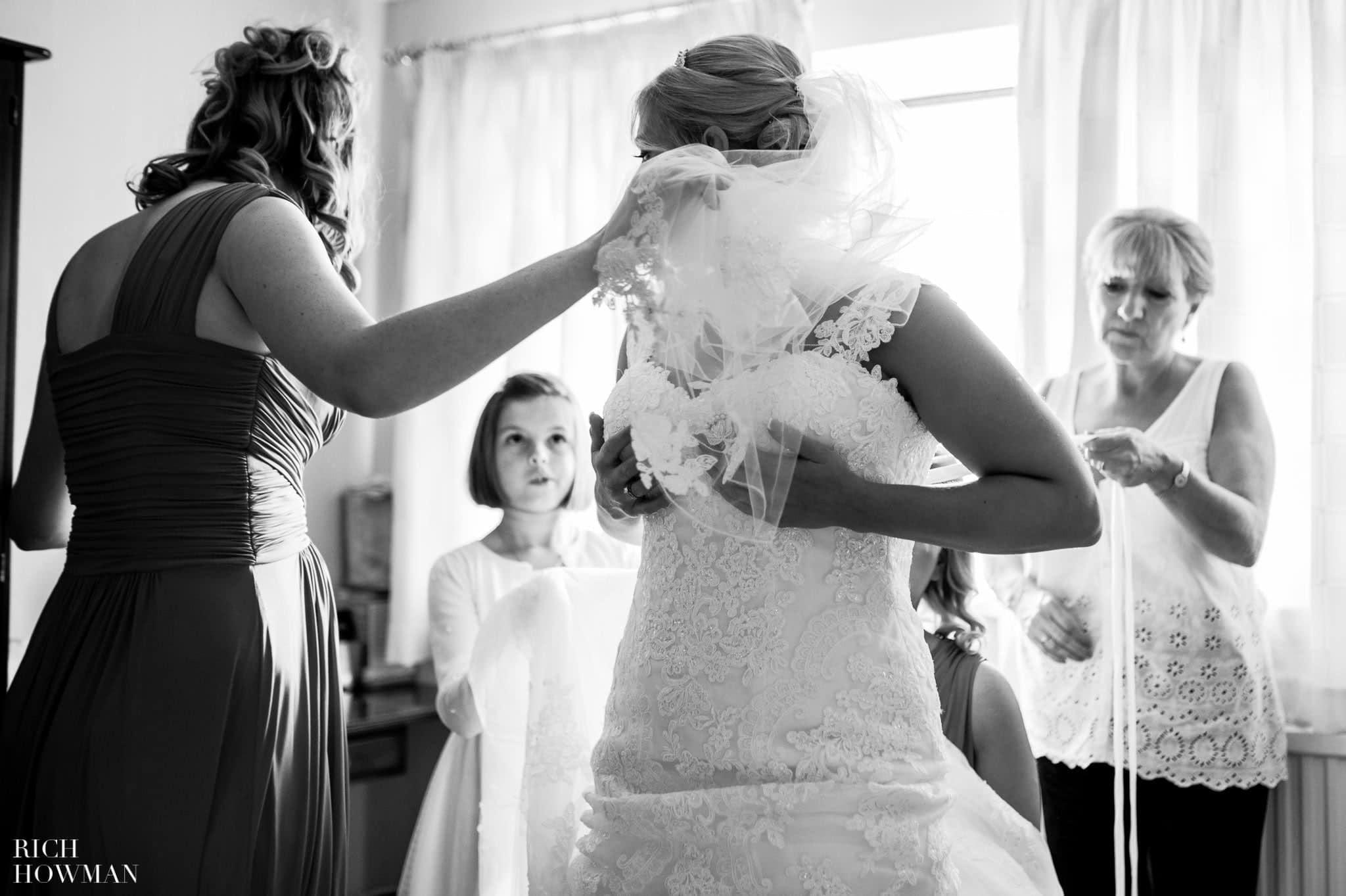 Llanerch Vineyard Wedding Photography by Rich Howman 6