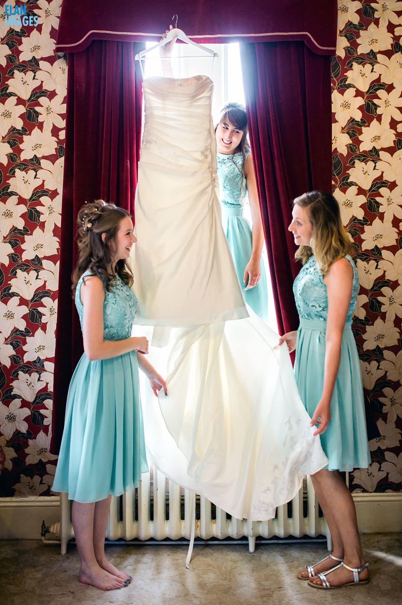 Banwell Castle Wedding-02