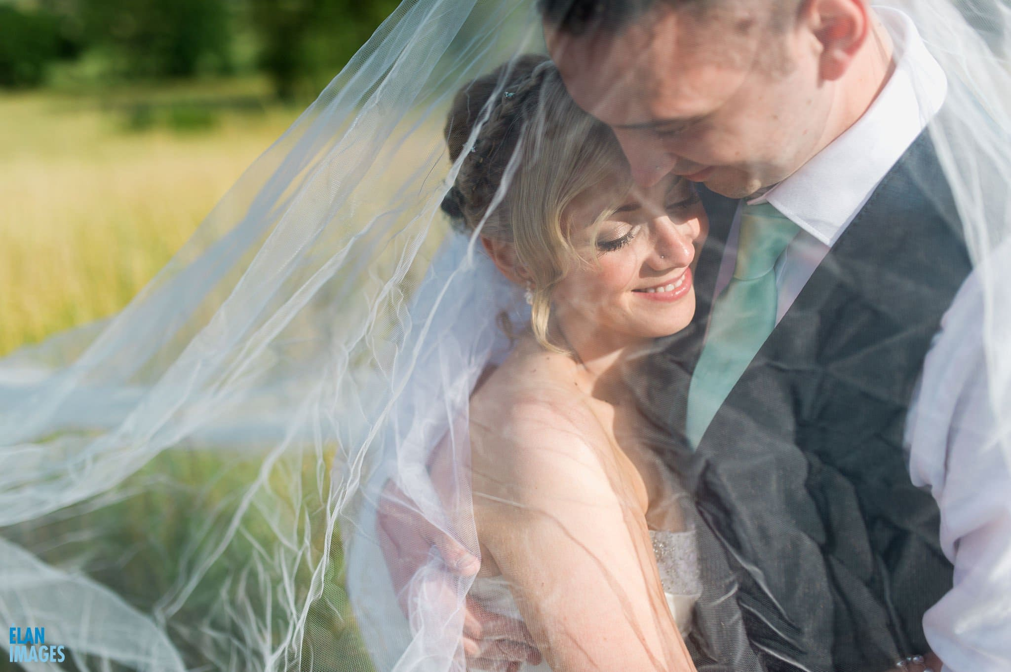 Banwell Castle Wedding-15