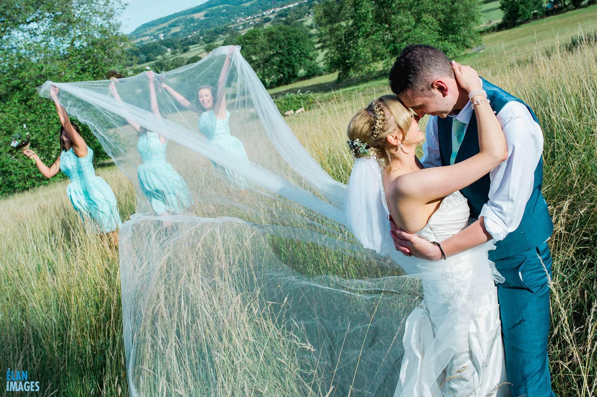 Banwell Castle Wedding-16