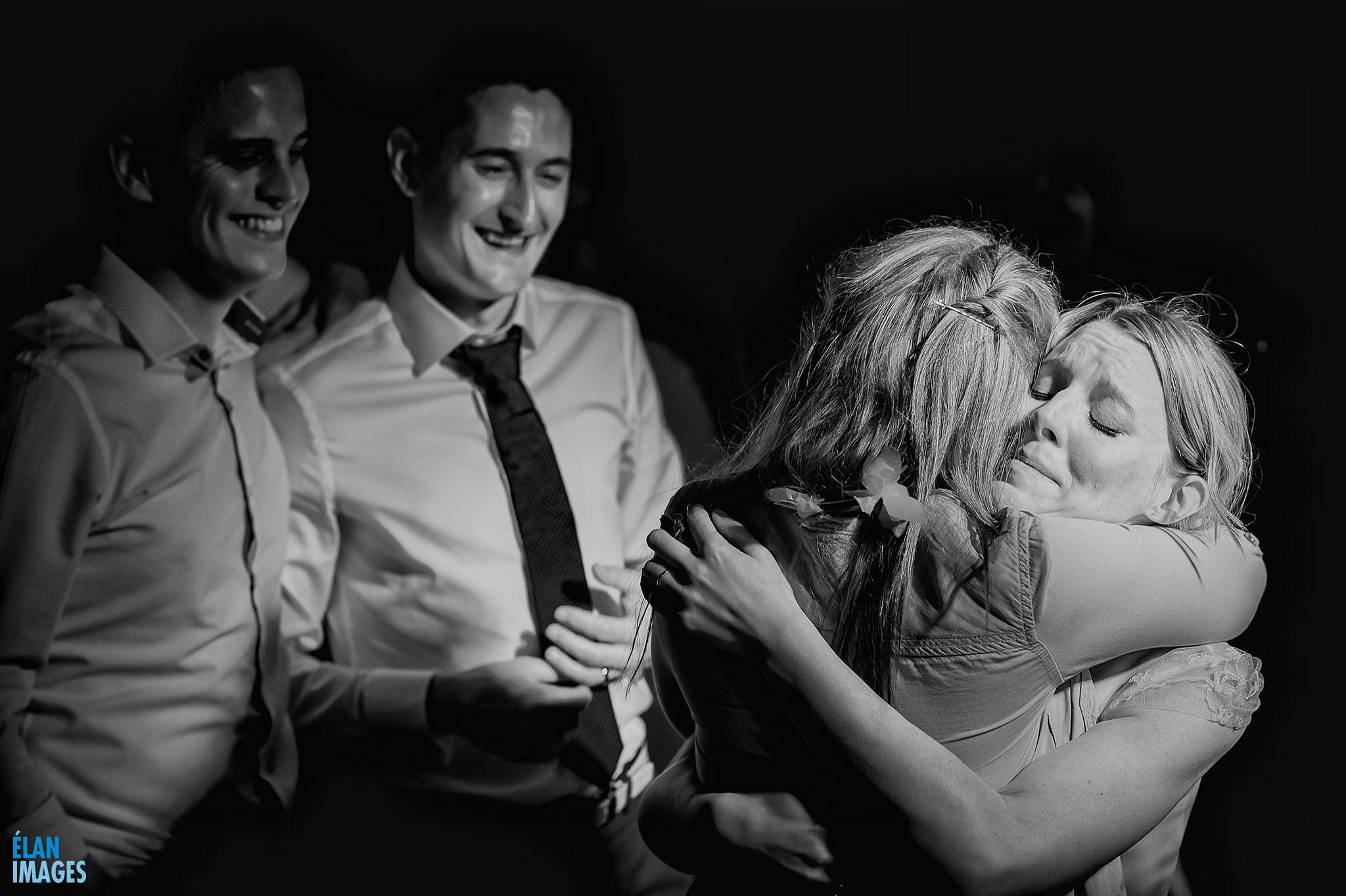 Emotion-at-a-destination-wedding-in-Tuscany