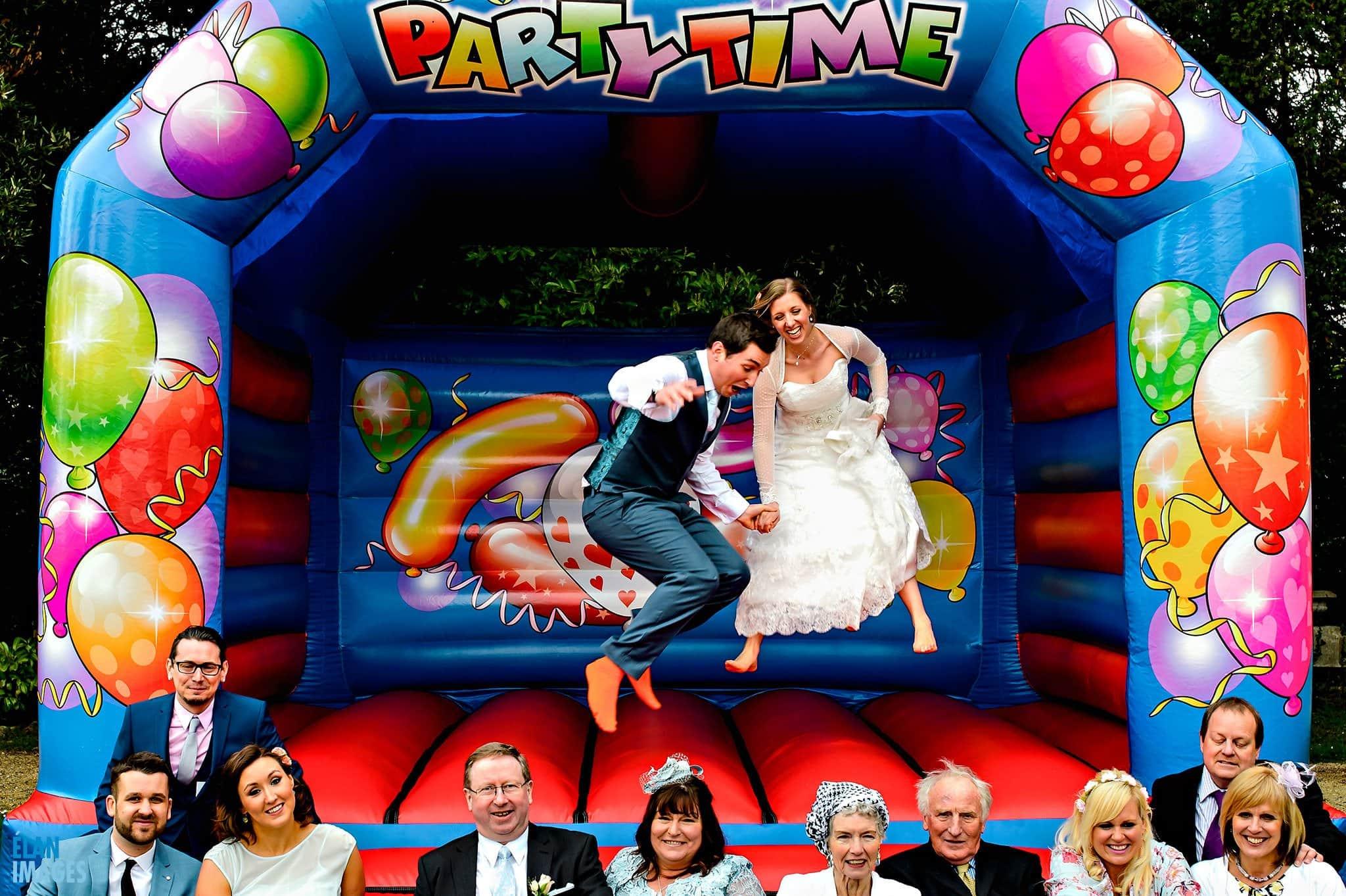 Fun-Relaxed-Wedding-Photos