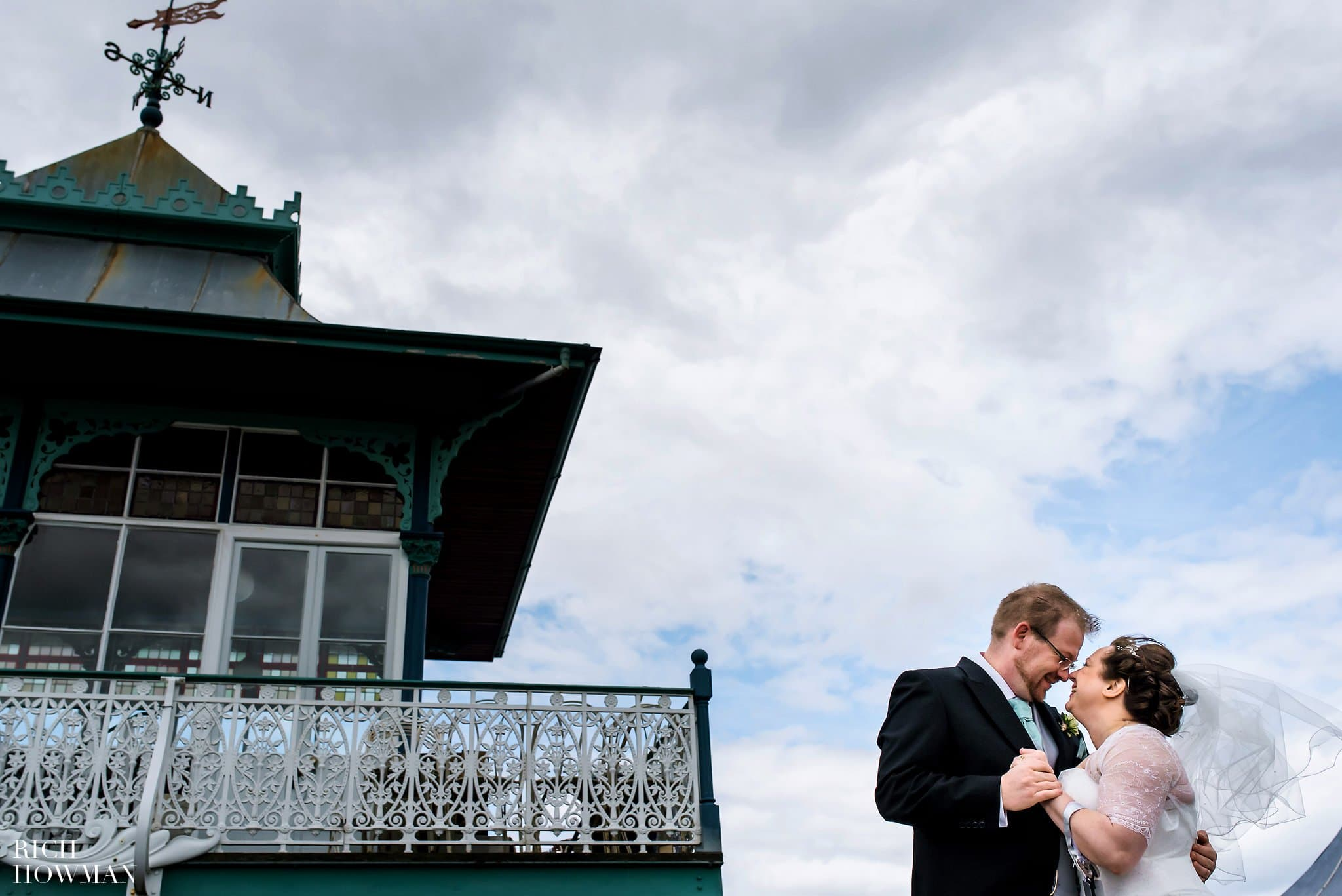 Clevedon Pier Wedding Photograph of Bride and Groom