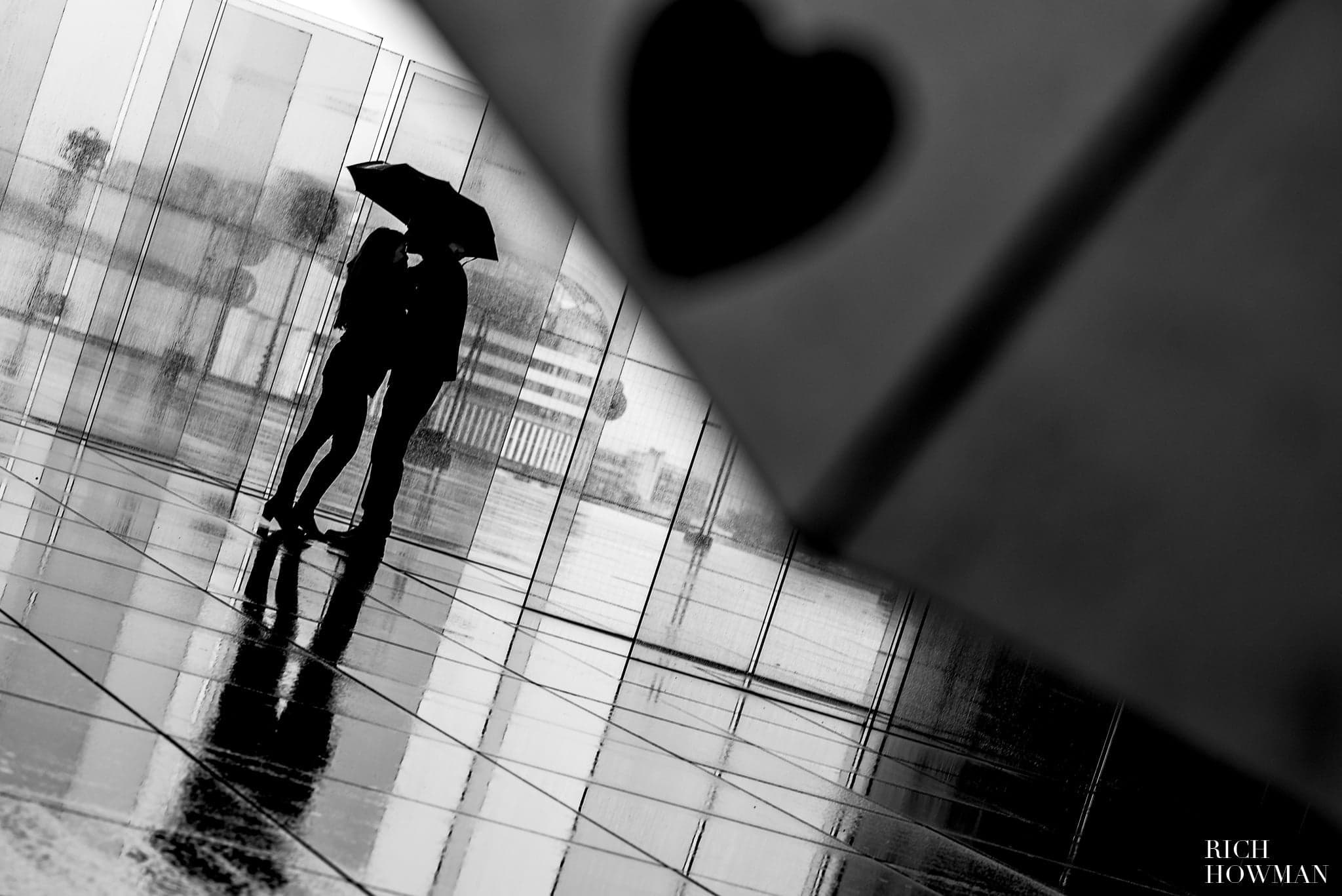 Black and white engagement photo shoot Paris