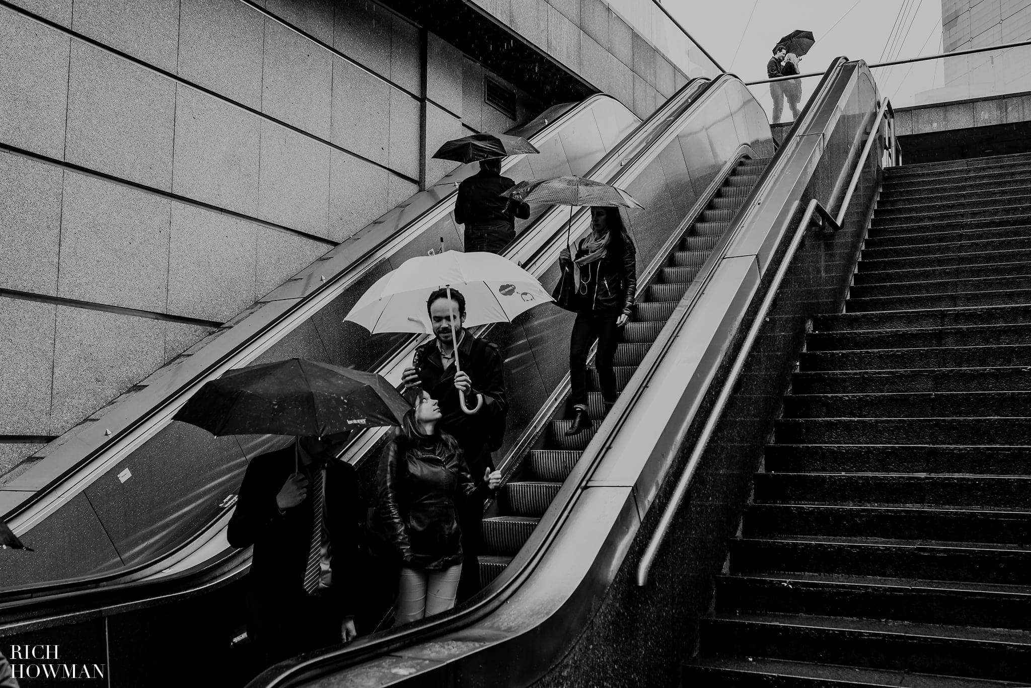 Wet weather photo shoot in Paris