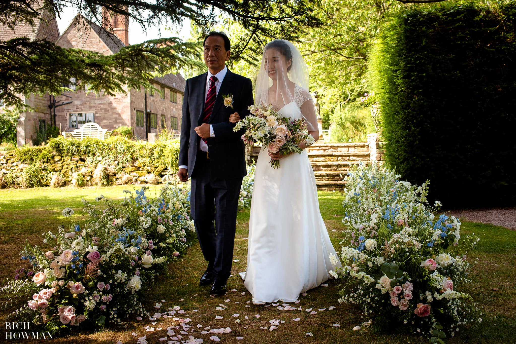 Brinsop Court Wedding Photographer 34