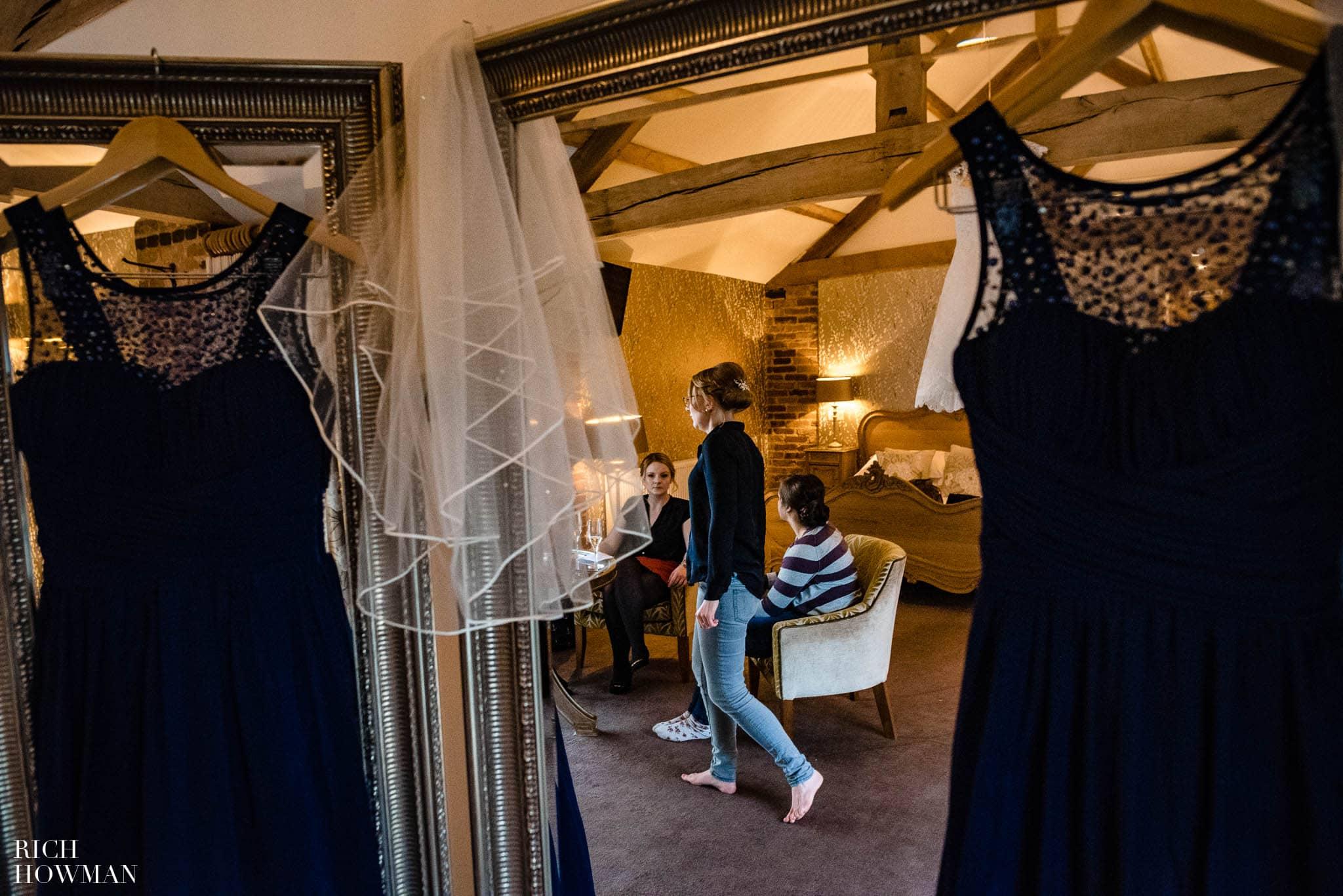 Mythe Barn Wedding Photographer Leicestershire 23
