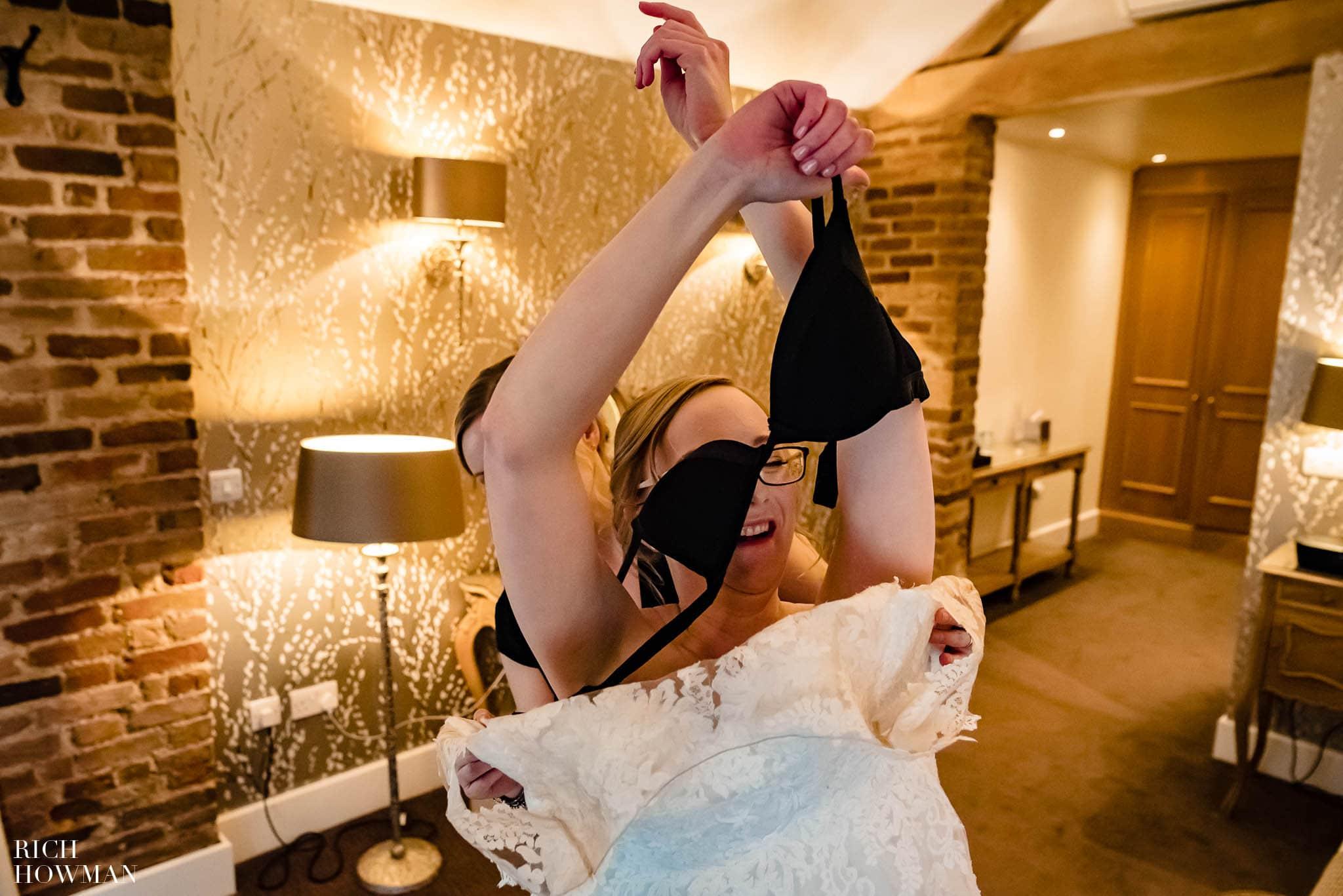 Mythe Barn Wedding Photographer Leicestershire 25
