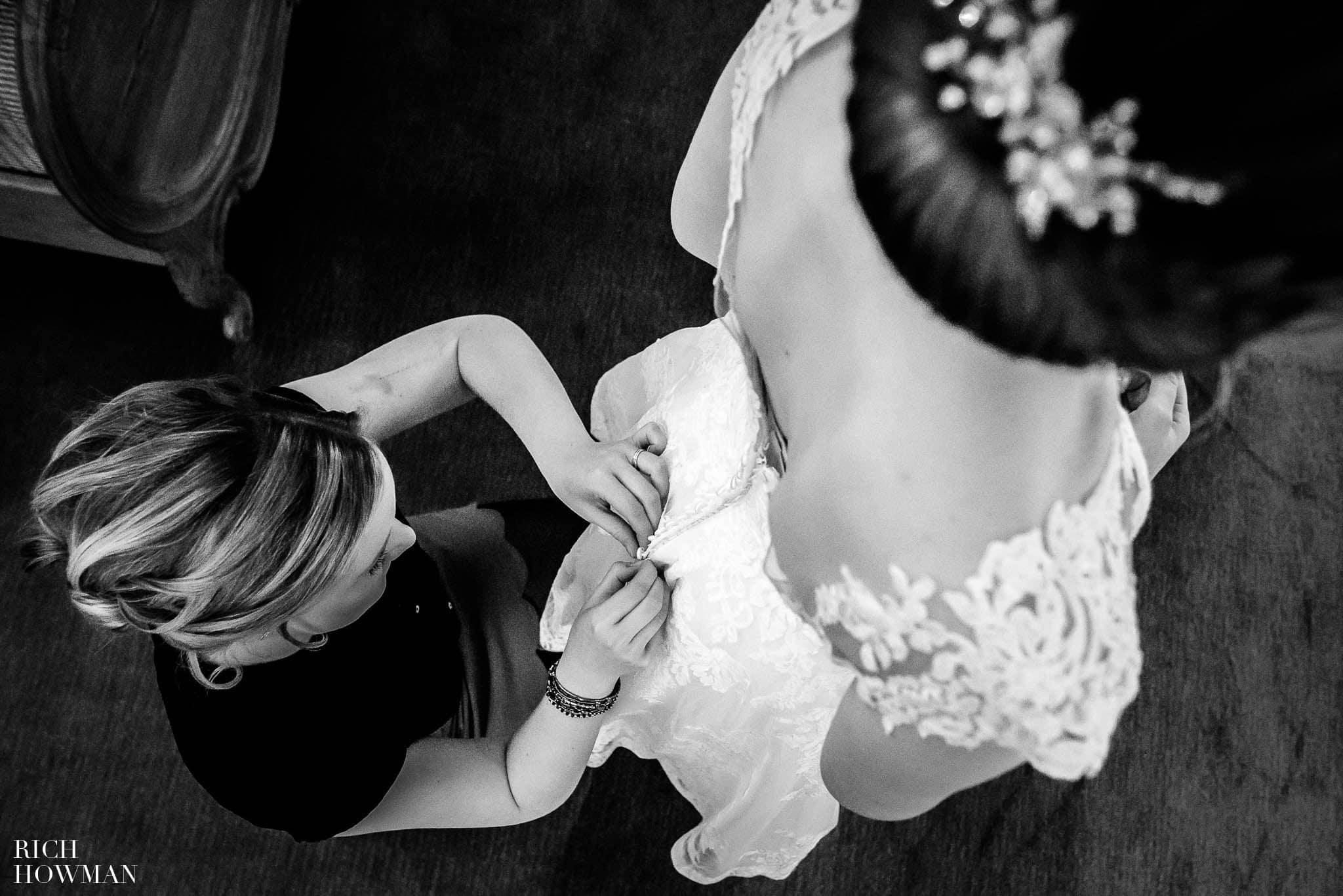 Mythe Barn Wedding Photographer Leicestershire 27