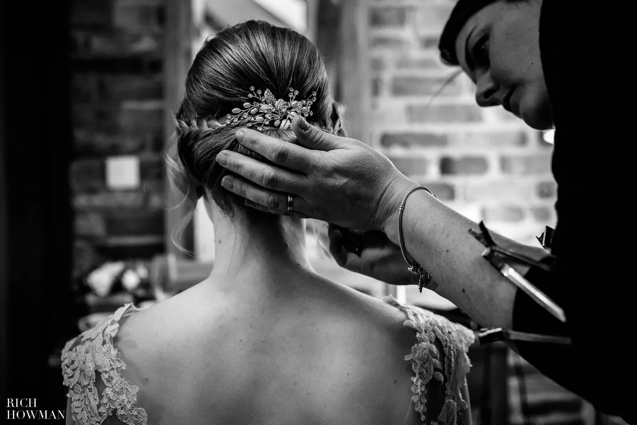 Mythe Barn Wedding Photographer Leicestershire 40