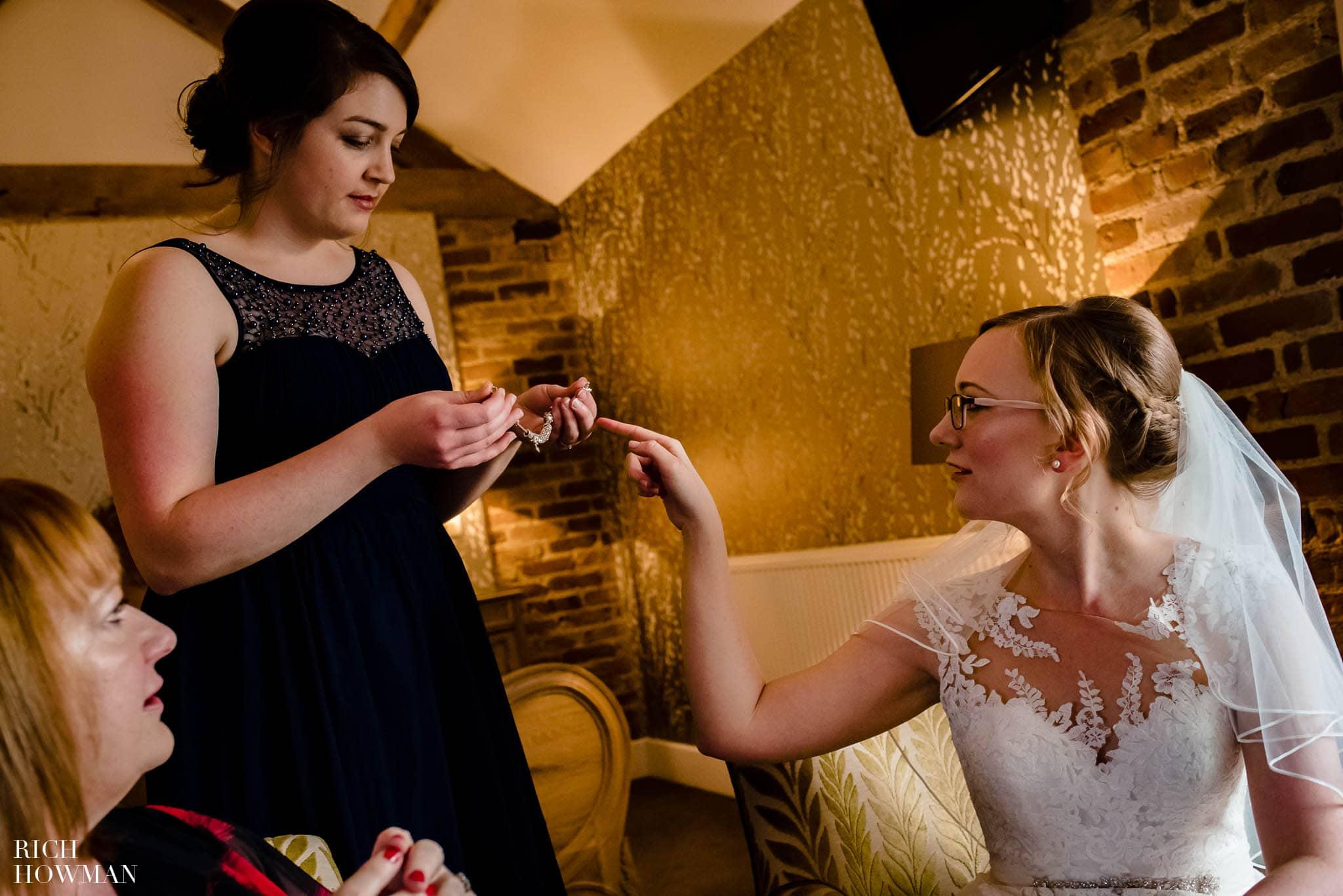 Mythe Barn Wedding Photographer Leicestershire 45