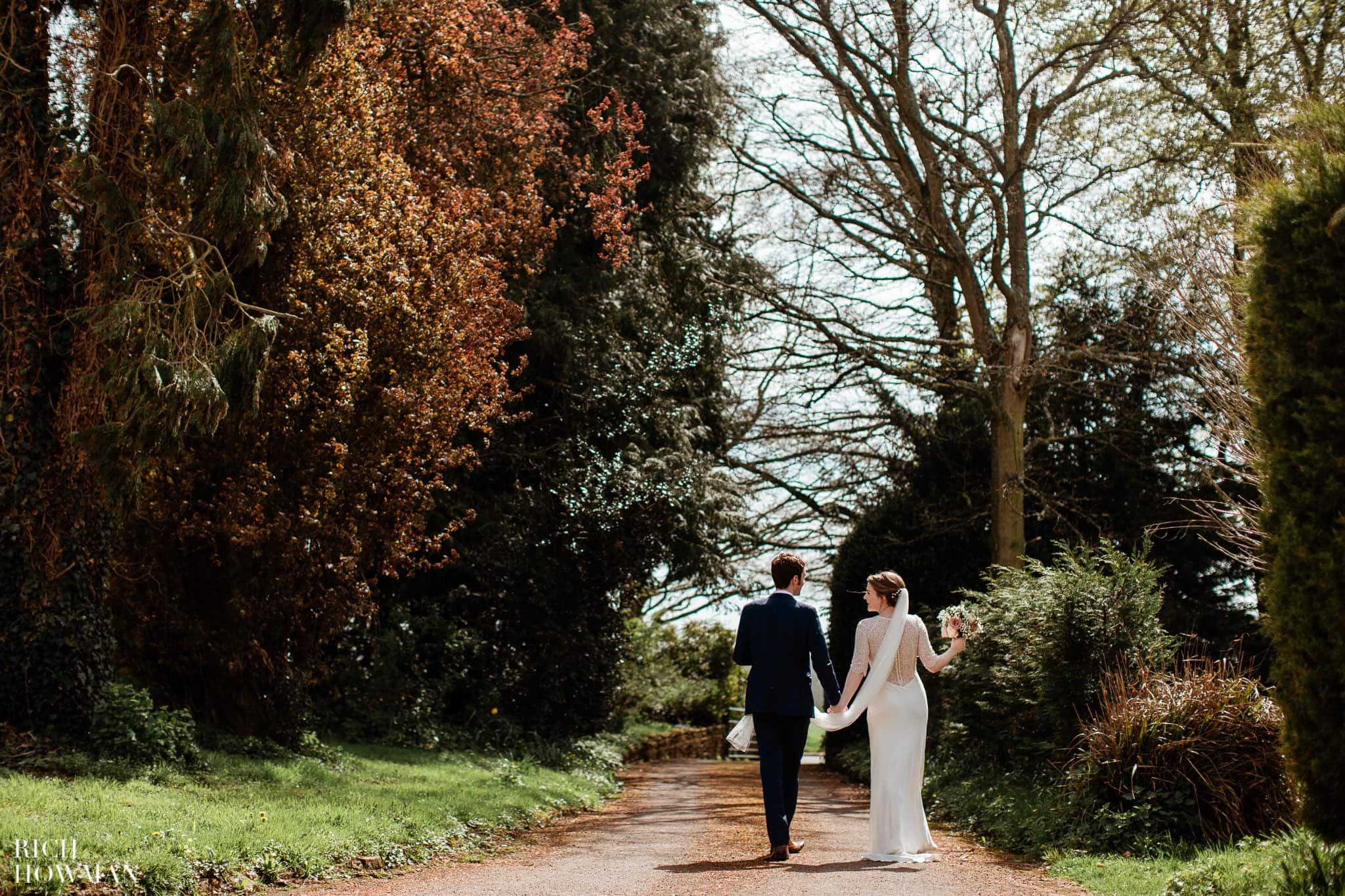 Great Tythe Barn Wedding in Tetbury 55