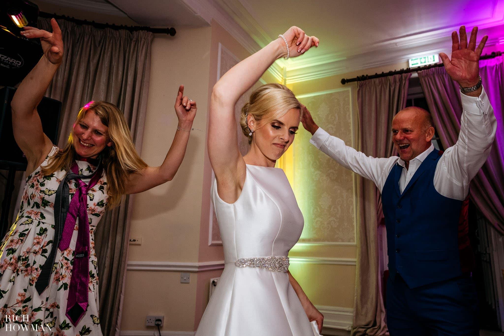 Eastington Park Wedding Photographer 120