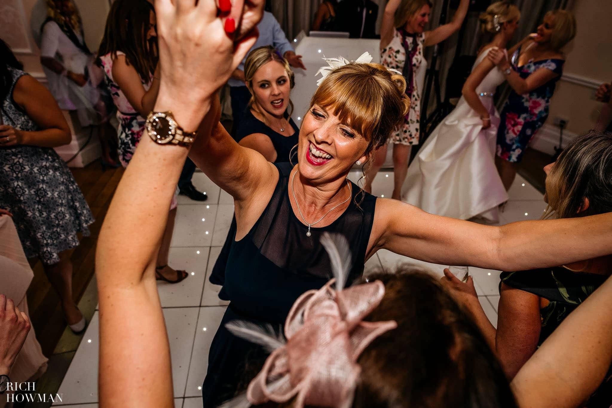 Eastington Park Wedding Photographer 122