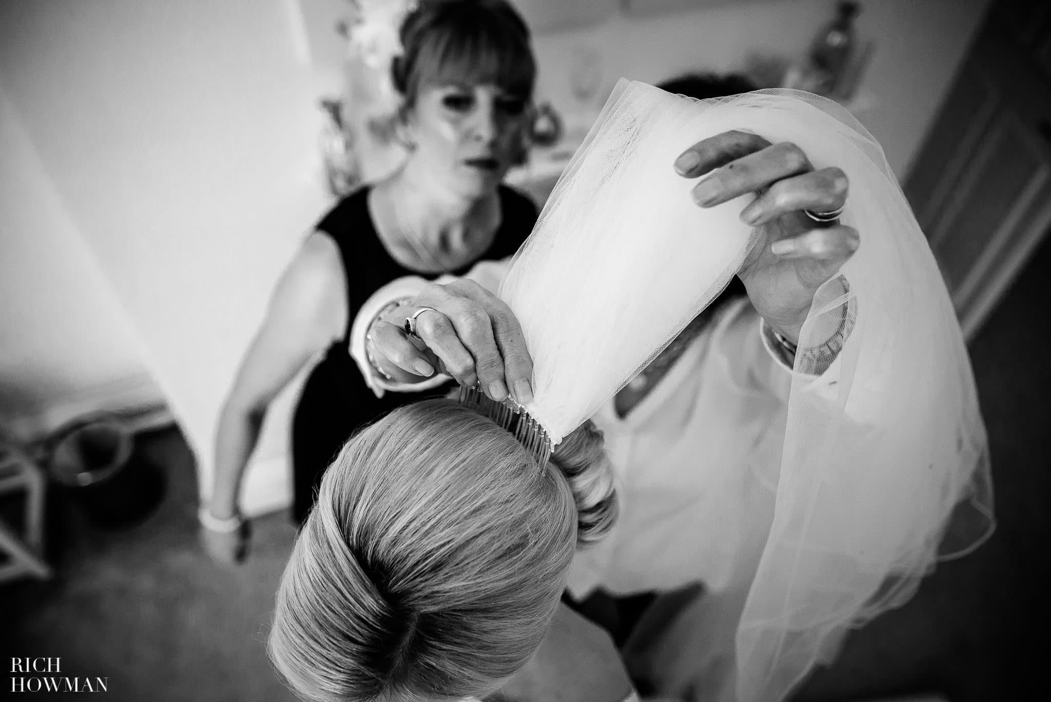 Eastington Park Wedding Photographer 25