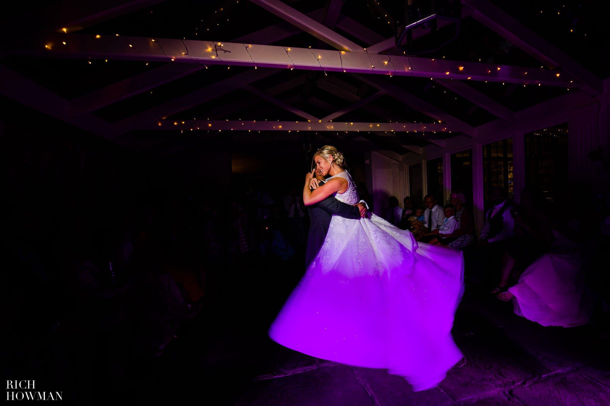 Wedding Photographers in Oxfordshire | Wedding Photographers Witney 110