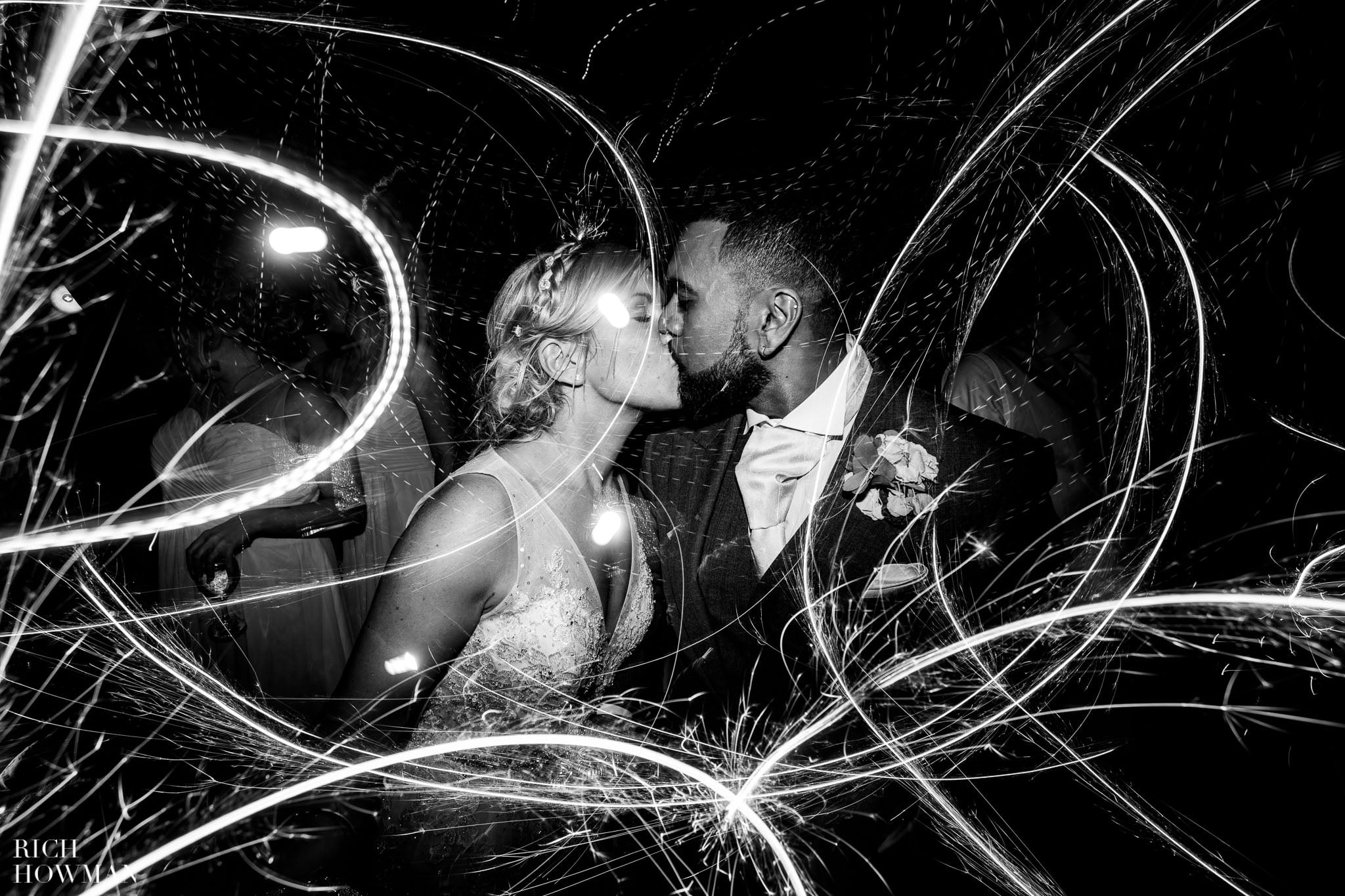 Wedding Photographers in Oxfordshire | Wedding Photographers Witney 134