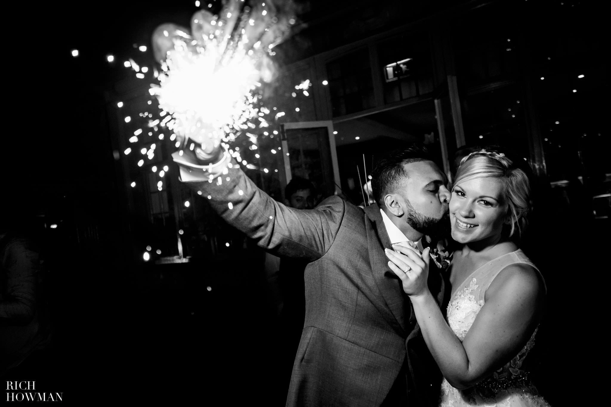 Wedding Photographers in Oxfordshire | Wedding Photographers Witney 136
