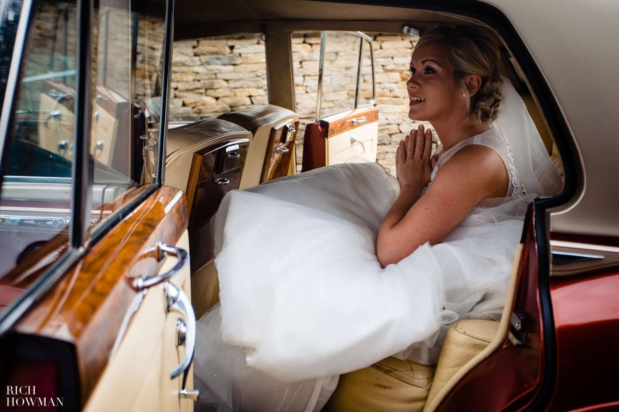 Wedding Photographers in Oxfordshire | Wedding Photographers Witney 30