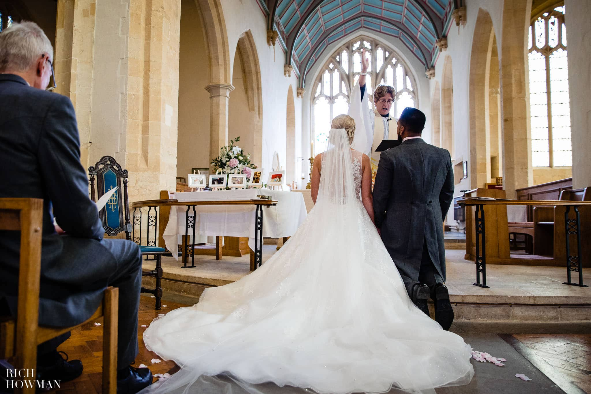 Wedding Photographers in Oxfordshire | Wedding Photographers Witney 46
