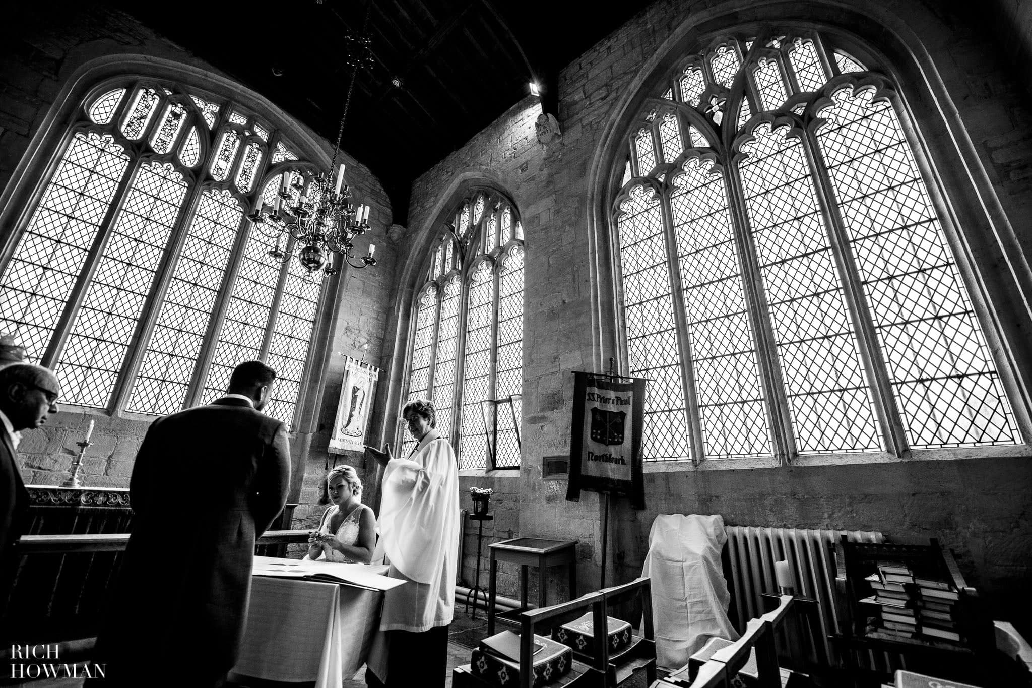 Wedding Photographers in Oxfordshire | Wedding Photographers Witney 47