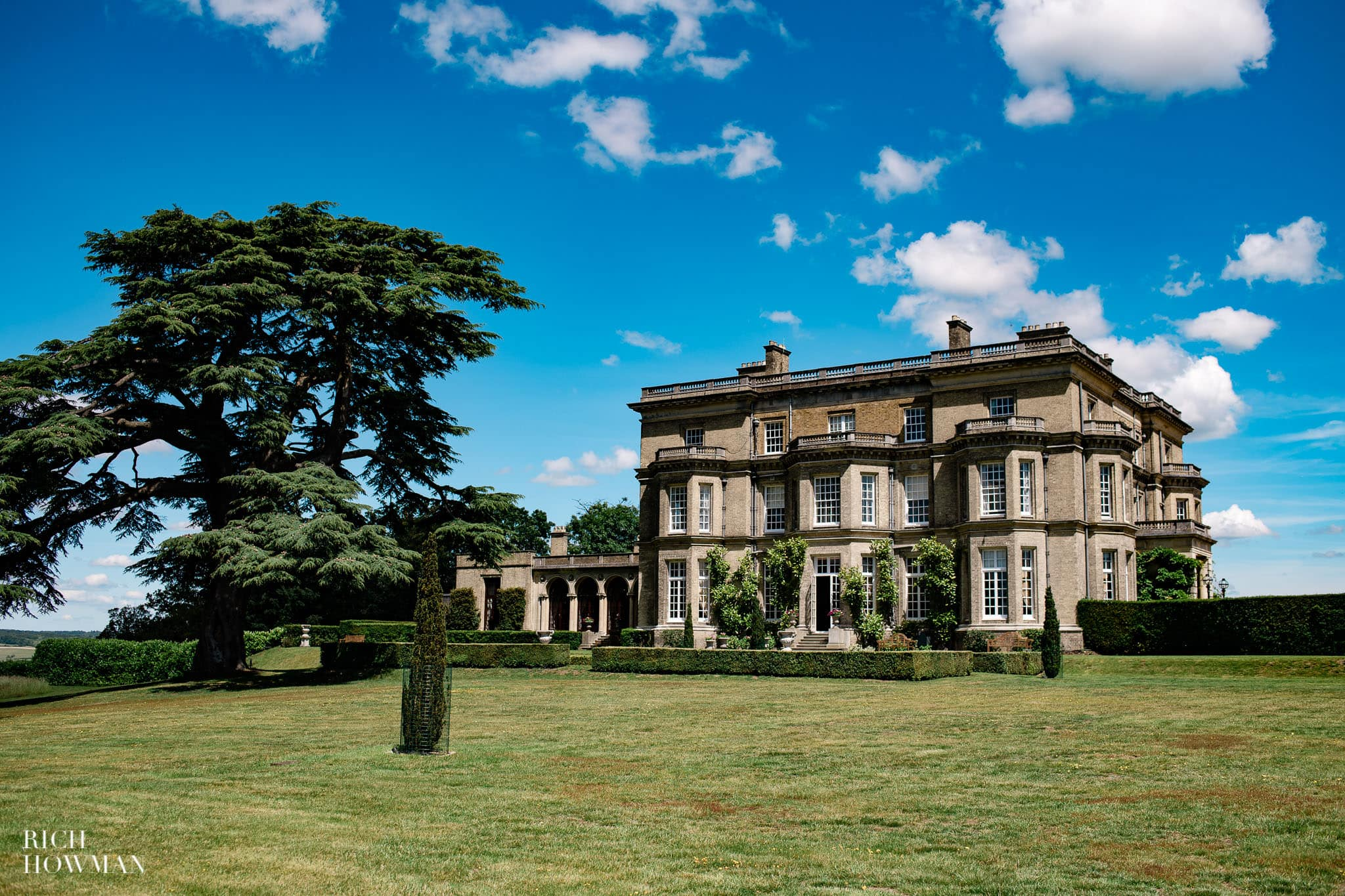 Hedsor House Wedding Photographer in Berkshire 1