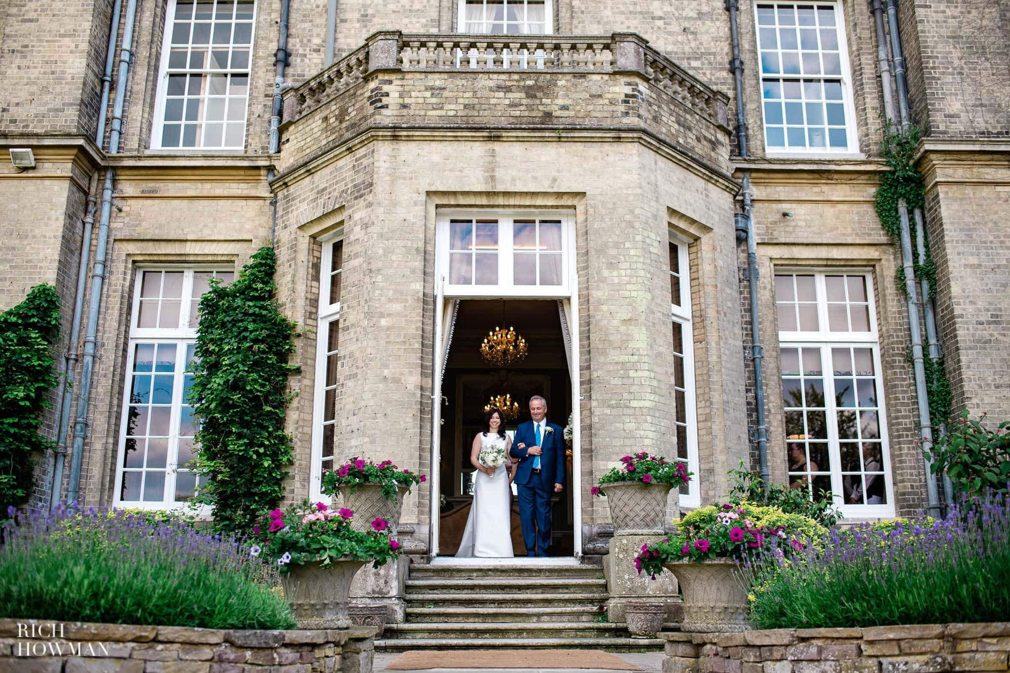 Hedsor House Wedding Photographer in Berkshire 33