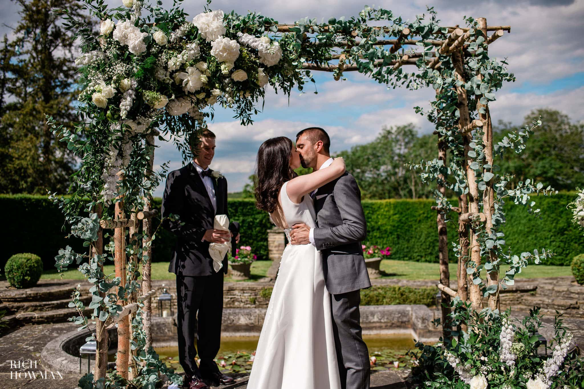 Hedsor House Wedding Photographer in Berkshire 50