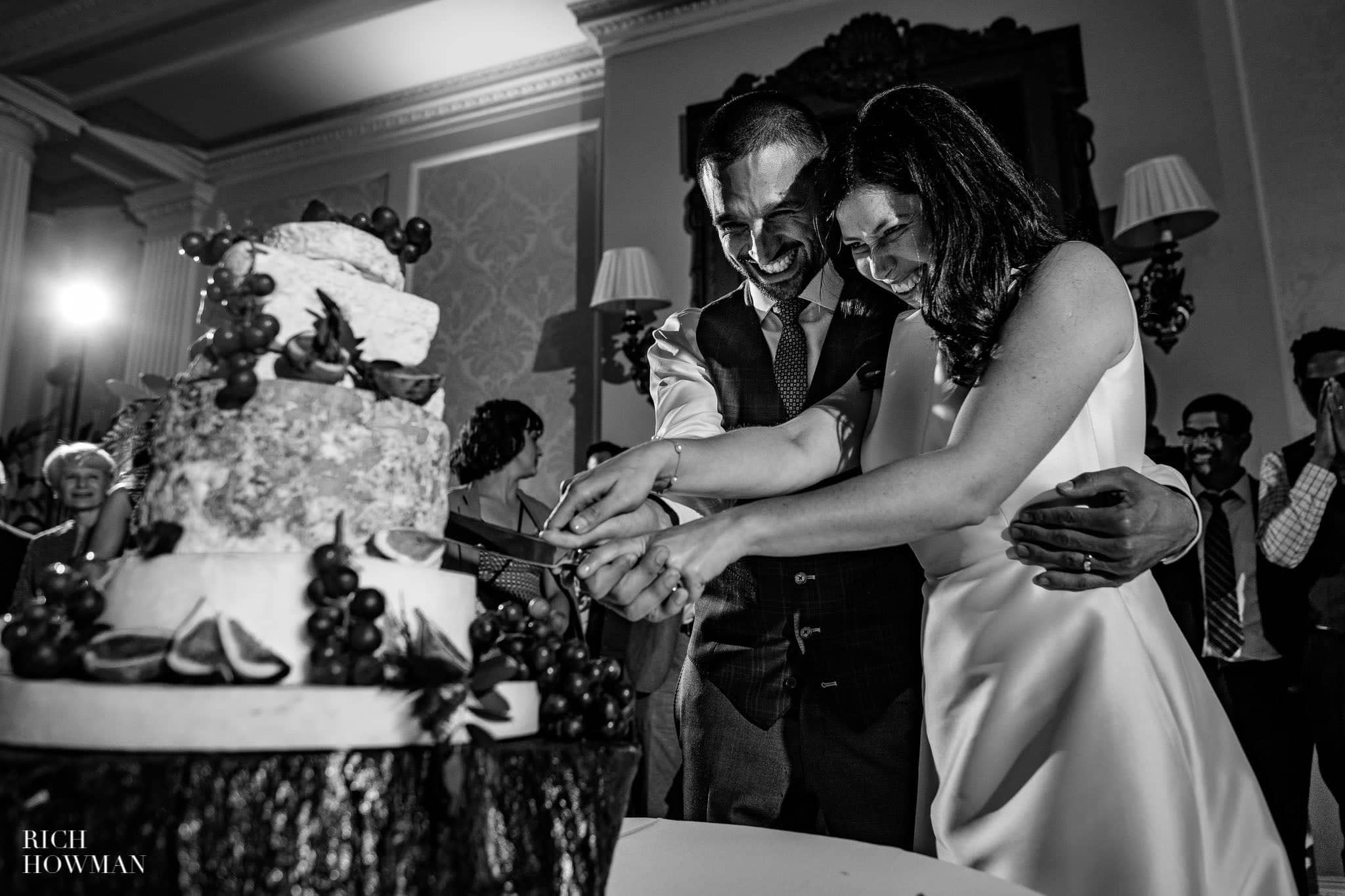Hedsor House Wedding Photographer in Berkshire 92